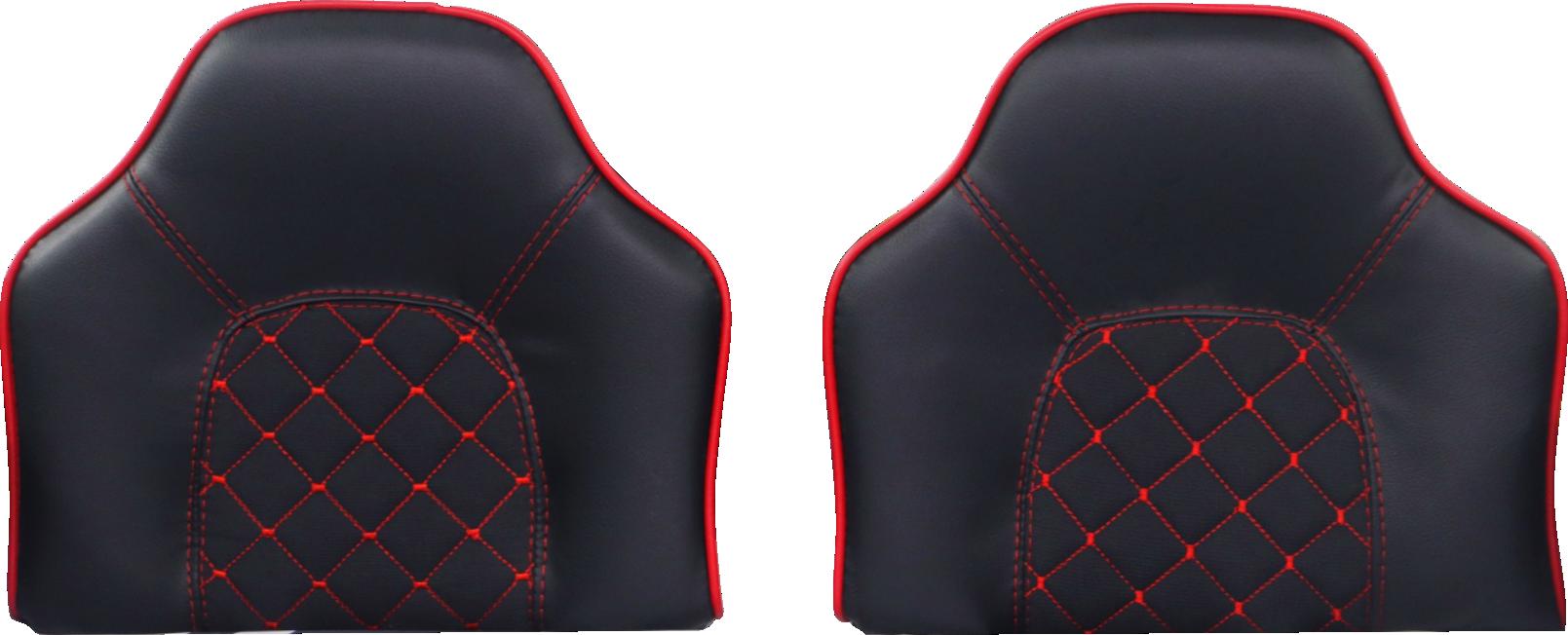 Polstersitze in Schwarz mit roter Naht